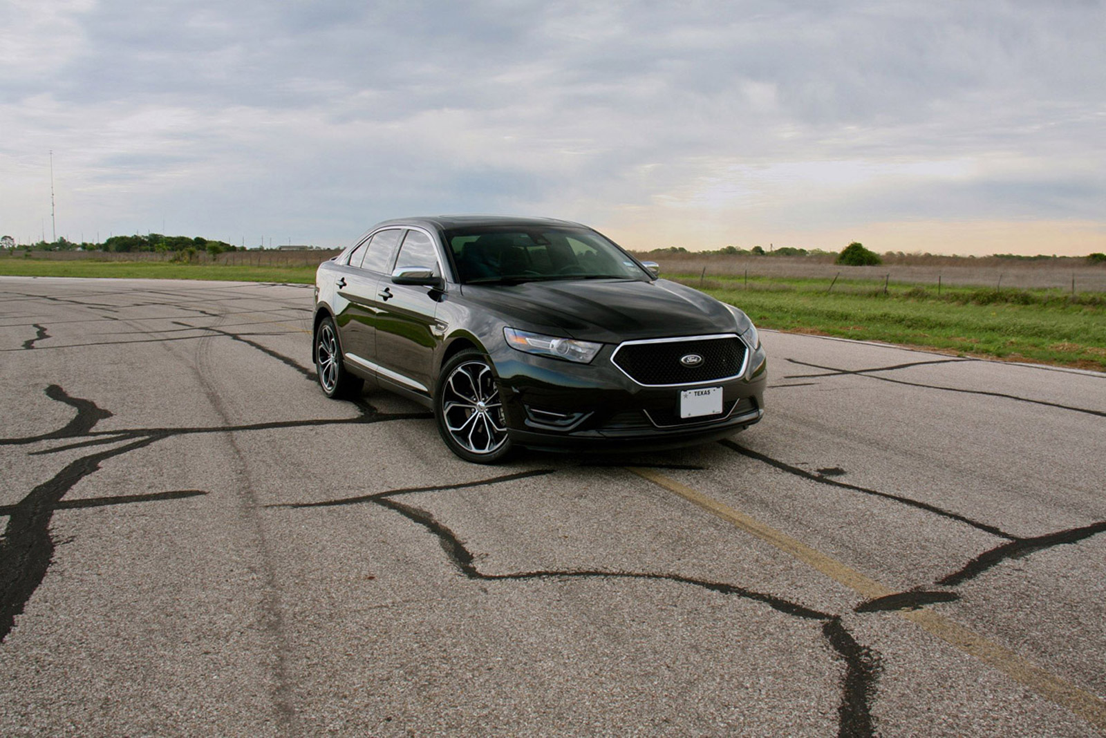 Ford Taurus Sho 0-60 >> Hennessey Builds 445 Hp Ford Taurus Sho