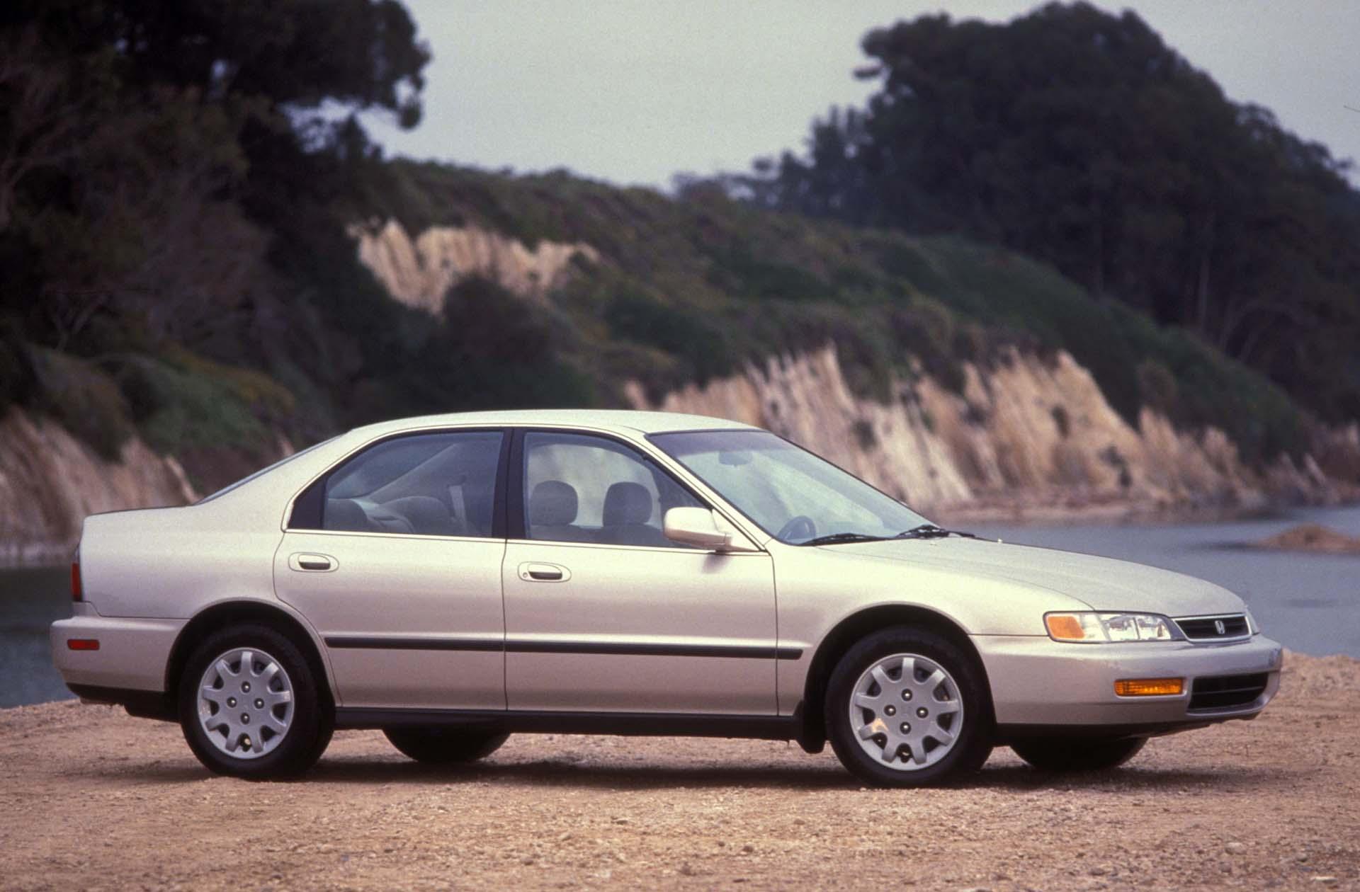 Kelebihan Honda 1996 Spesifikasi