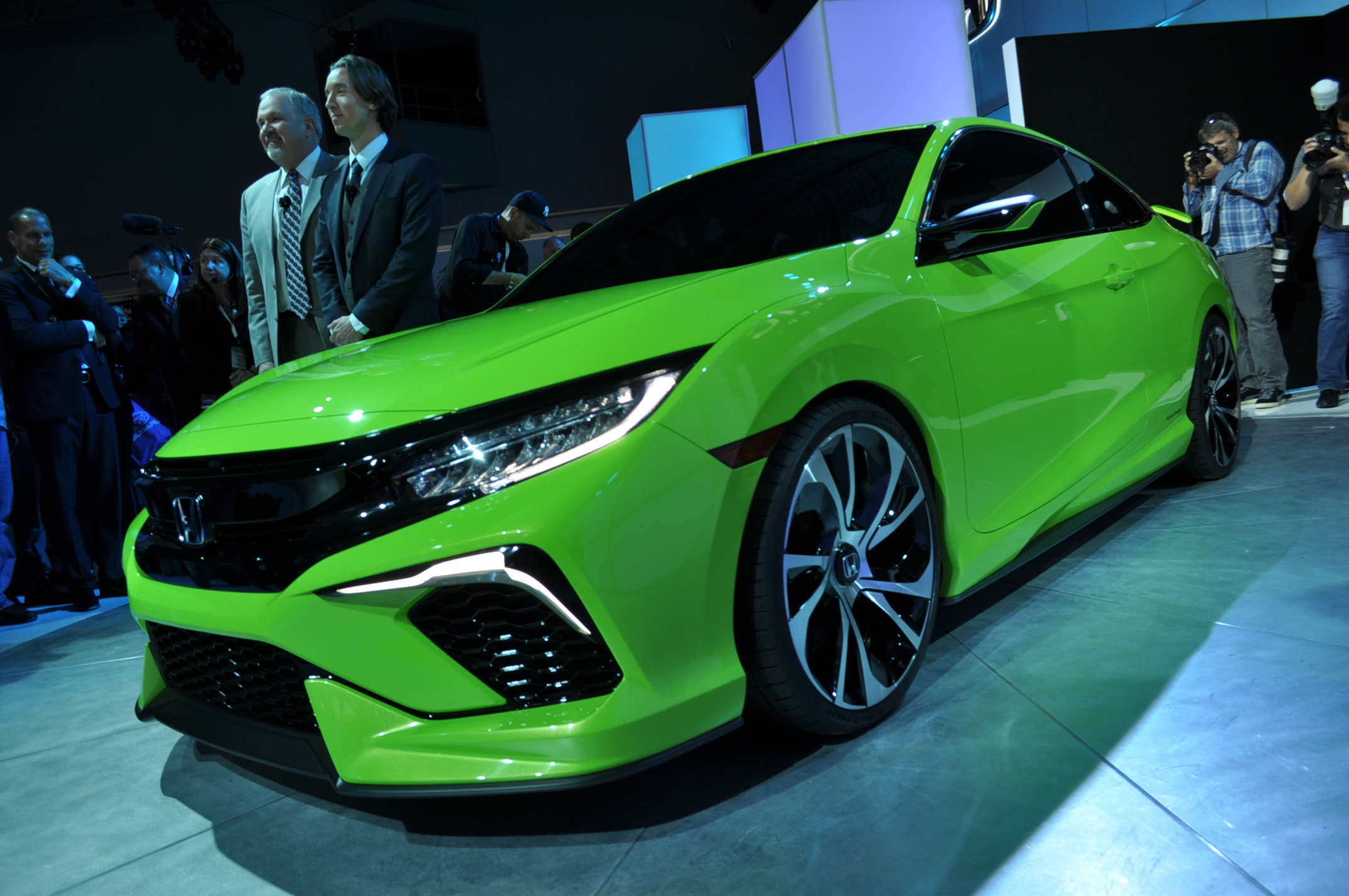 Surprise 2016 Honda Civic Concept At NY Auto Show Previews ...