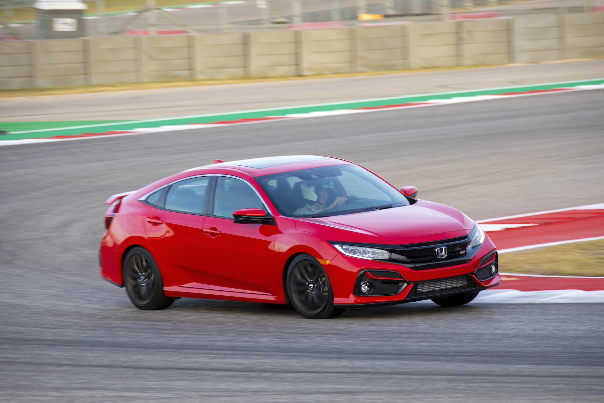 First Drive Review 2020 Honda Civic Si Brings Performance To The Masses
