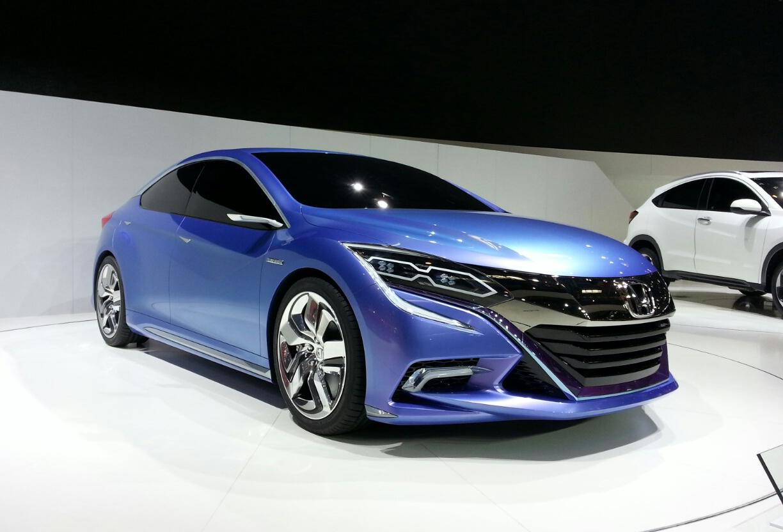 honda previews hybrid concept  hatch  beijing auto show