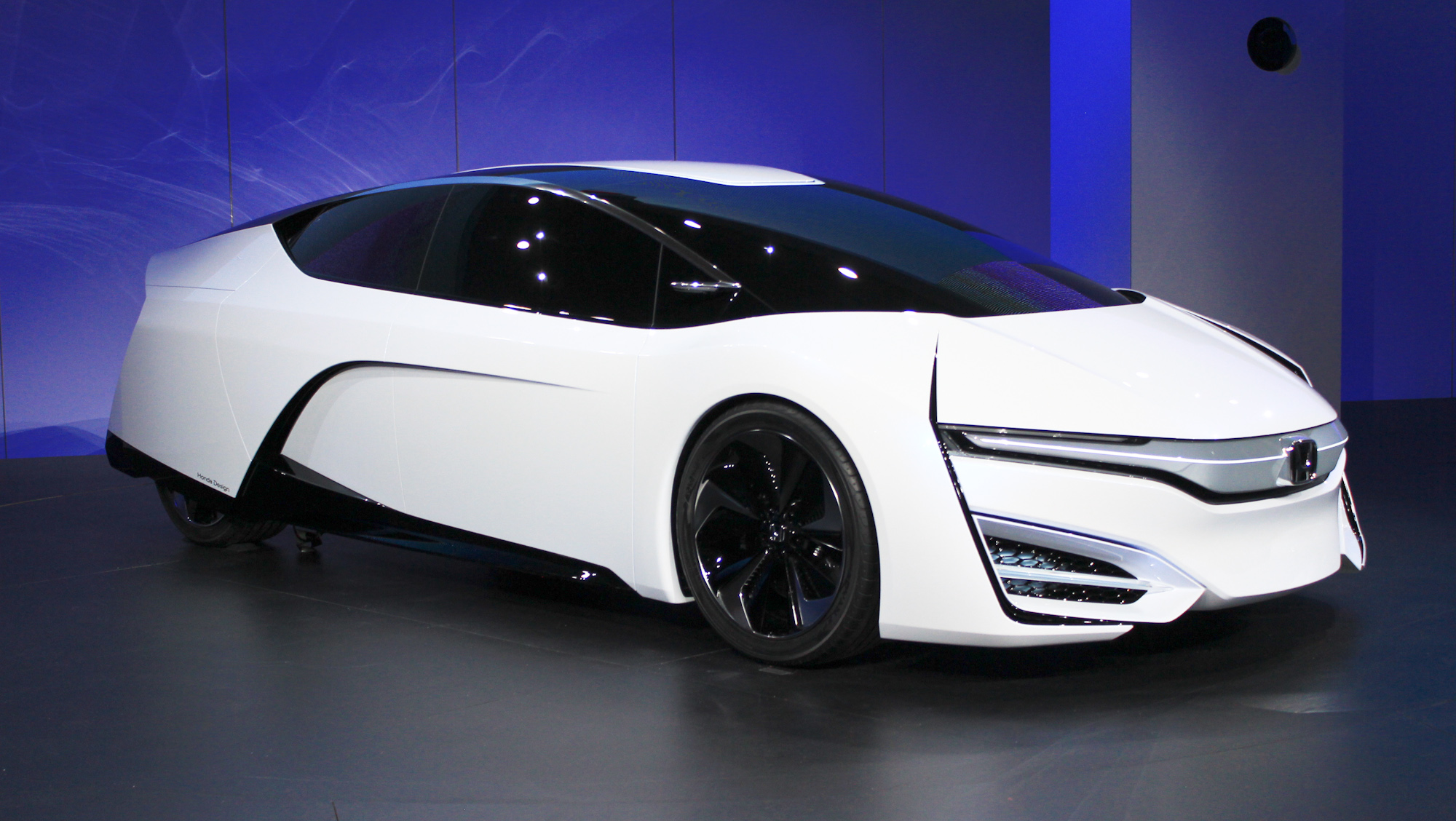 Nissan Los Angeles >> Honda FCEV Fuel Cell Concept Debuts At 2013 L.A. Auto Show ...