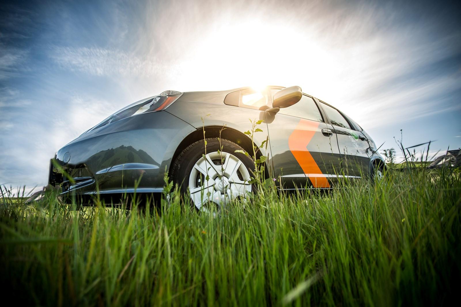 drive  honda fit  zipcars  oneway car sharing service