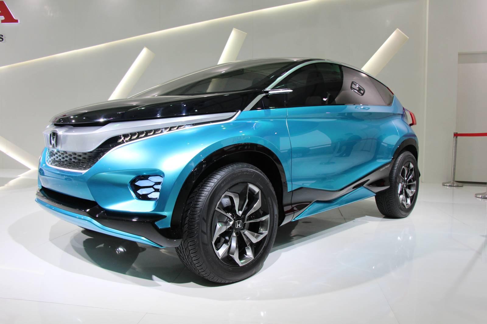 Tiny Suvs Shown By Chevy Vw Honda At India Auto Expo