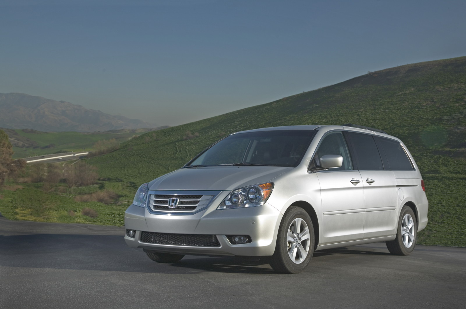 2005 2010 Honda Odyssey Recalled For Fuel Leaks Acura Transmission Problems