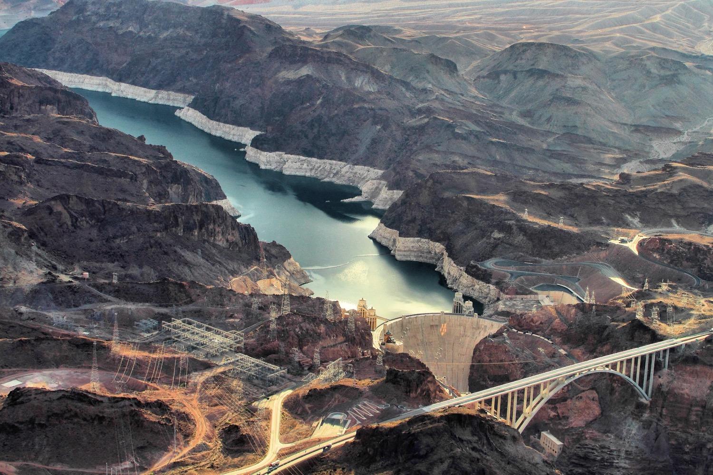 Hydro-power reservoirs emit methane, a greenhouse gas: no