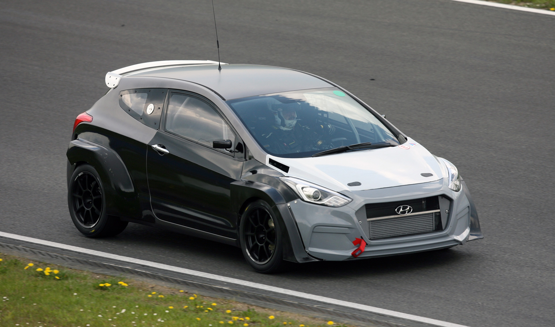 Hyundai I30 N Development Car To Tackle 2016 Nrburgring 24 Hours 2002 Beetle Door Wiring Diagram