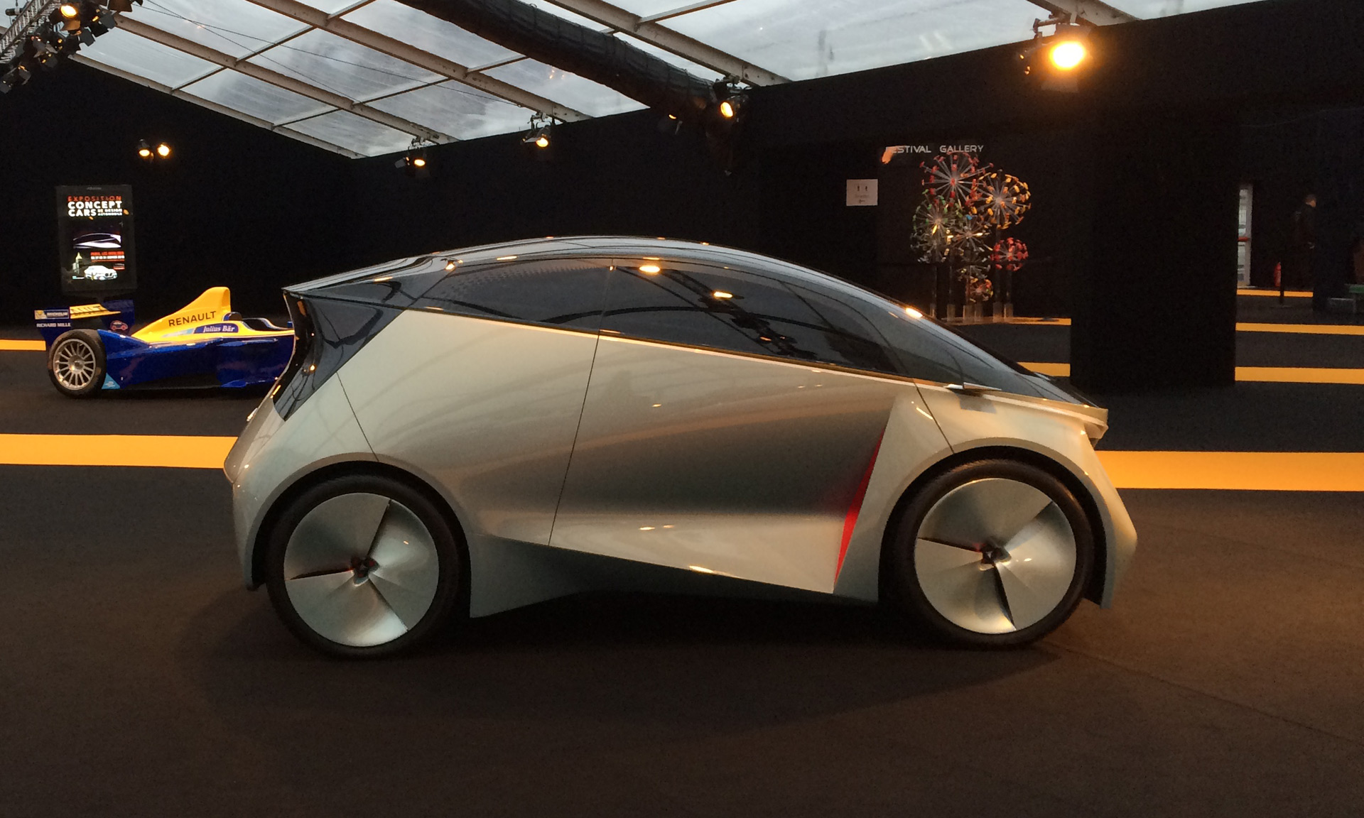 Icona Unveils Updated Neo Concept With In Wheel Electric