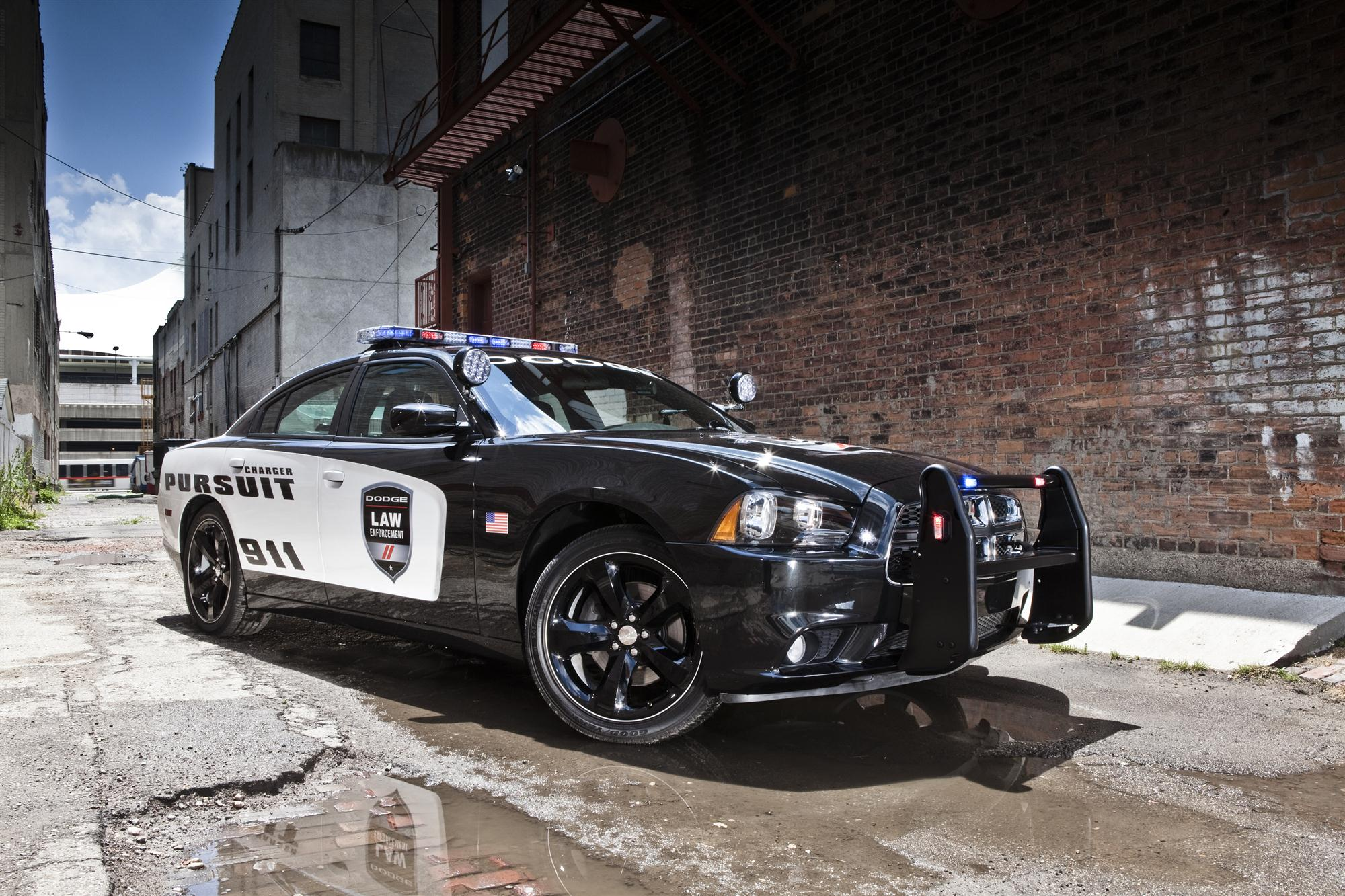 charger police trunk on 2012 dodge charger police package wiring 2012 dodge charger pursuit police car gets mopar accessories charger police trunk on 2012 dodge charger police package wiring