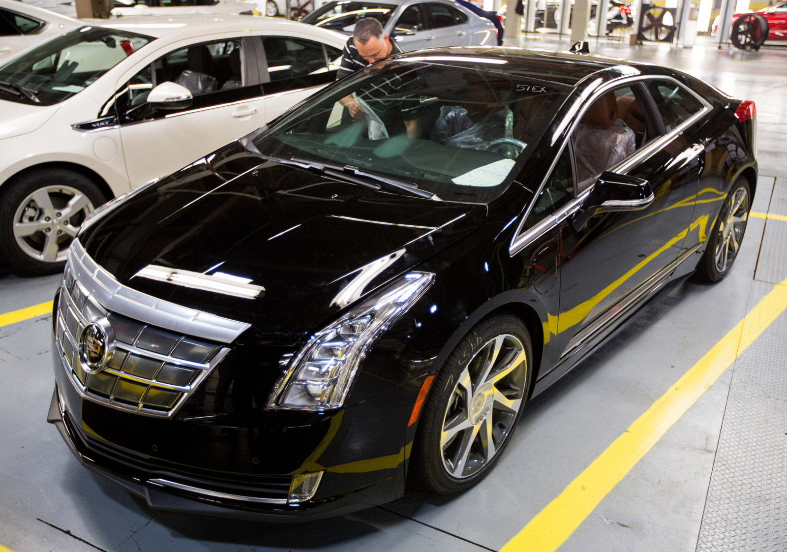 Consumer Reports Verdict: 2014 Cadillac ELR 'Priced Out Of Its League'