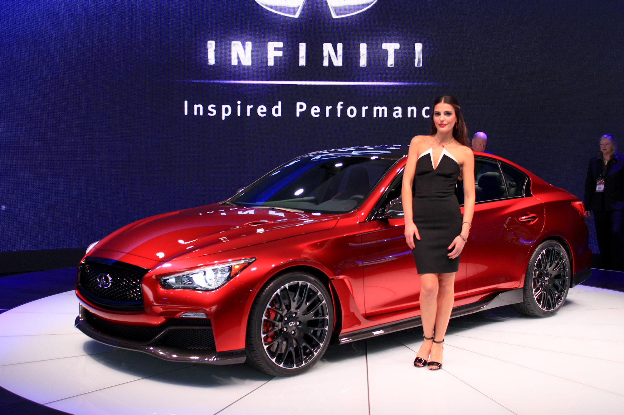 Infiniti Q50 Eau Rouge Revealed F1 Inspired Over 500 Hp