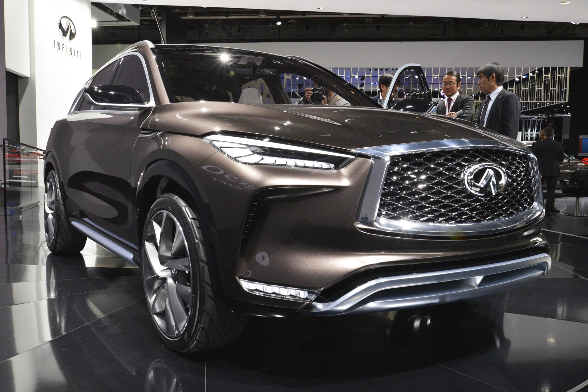 infiniti qx50 concept debuts at 2017 detroit auto show. Black Bedroom Furniture Sets. Home Design Ideas