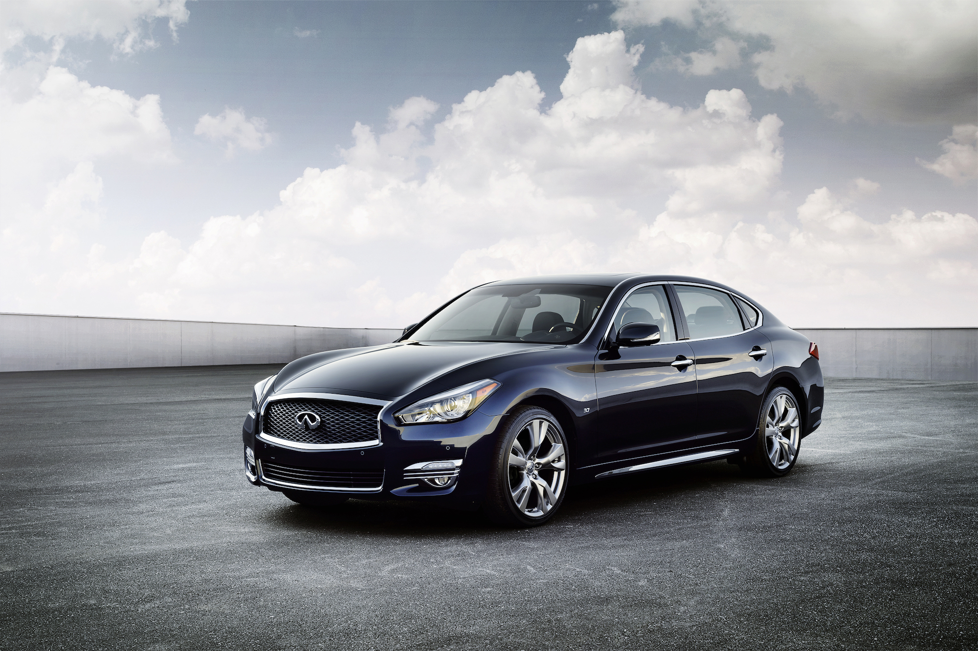 2015 Infiniti Q70 Gets New Look Long Wheelbase Model 2014 New York