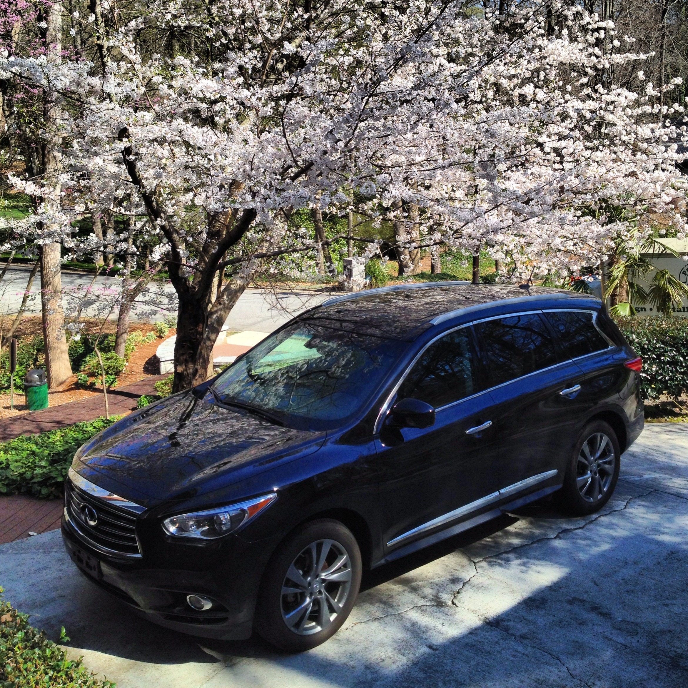 Infiniti JX / QX60 Six-Month Road Test: Our Own Personal