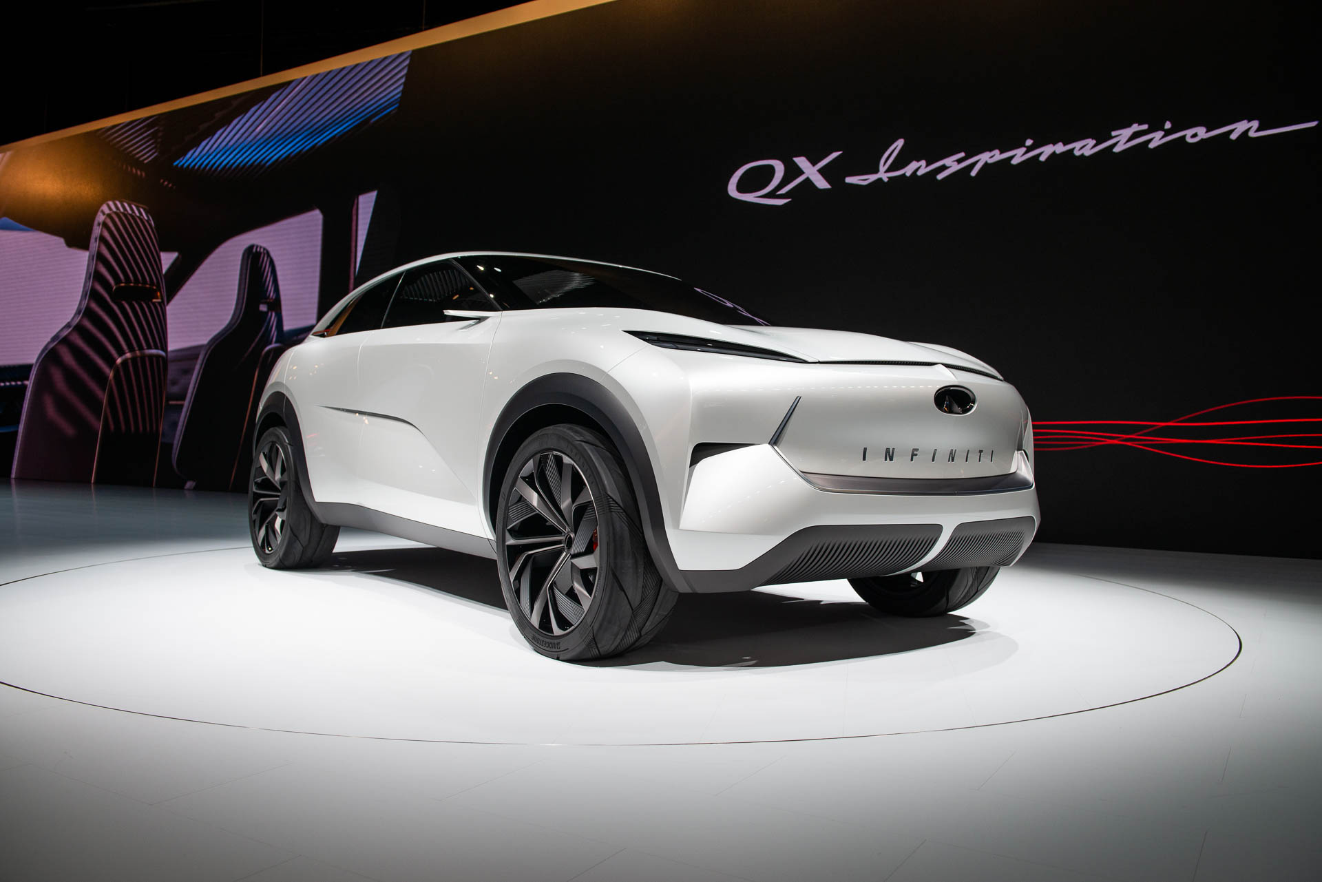 Infiniti Qx Inspiration Suv Concept Debuts In Detroit Heralds Brand S Electric Future