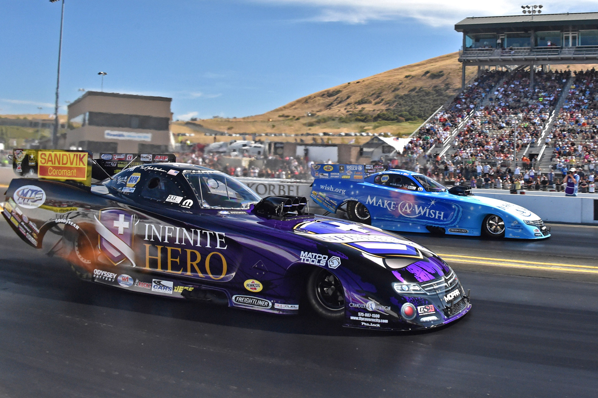 Difference Between Formula  And Drag Racing Cars