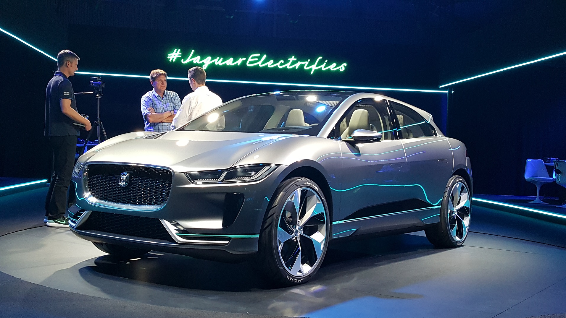 Jaguar I Pace Electric Concept At La Auto Show Video