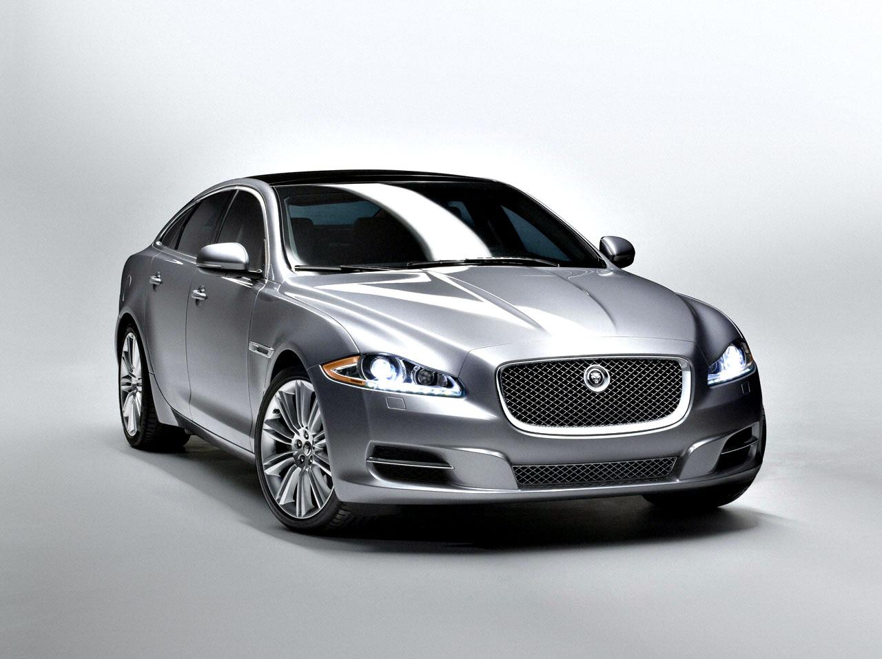 Jaguar Offering Free Scheduled Maintenance On All 2011 Models