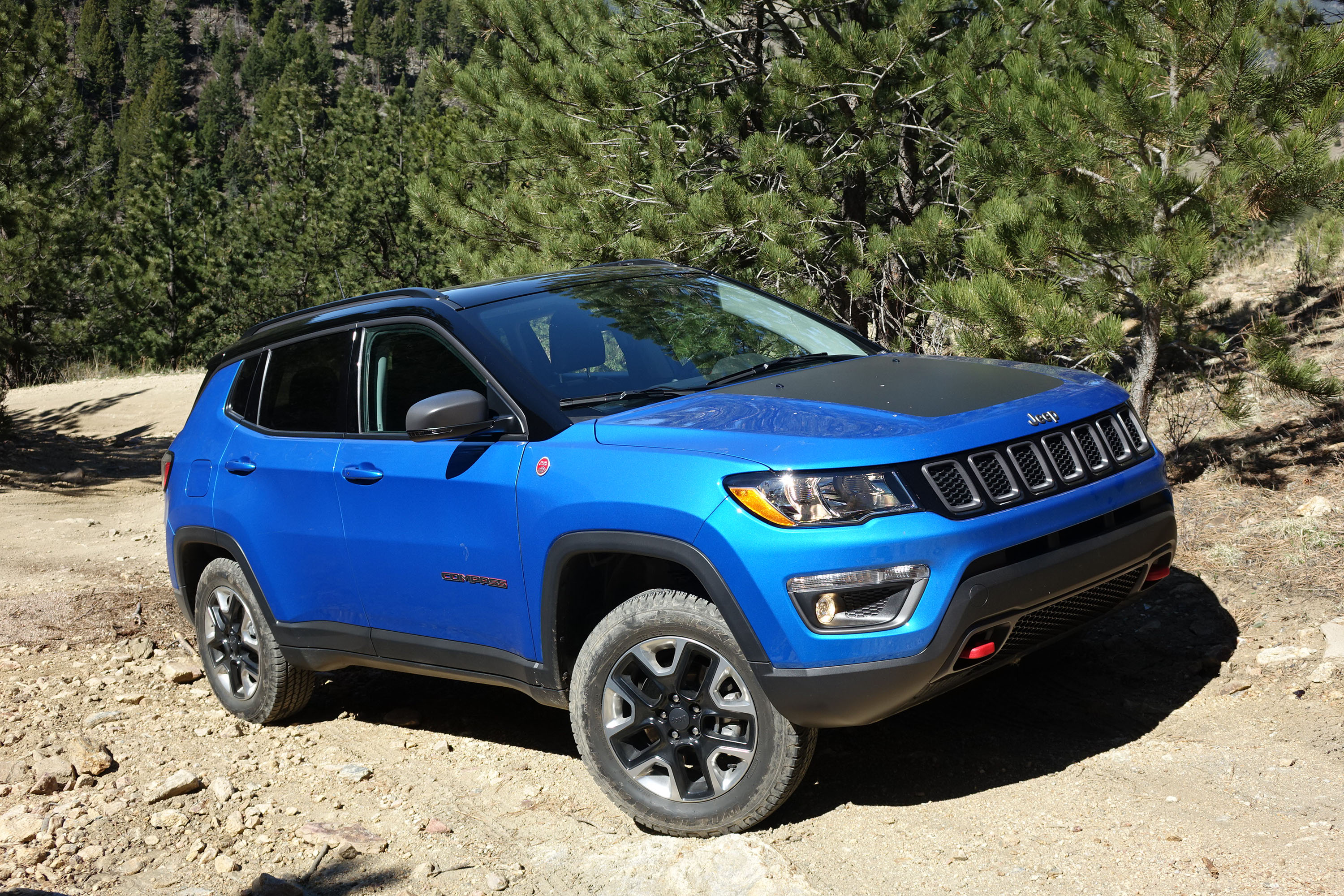 2017 Jeep pass Trailhawk off road review