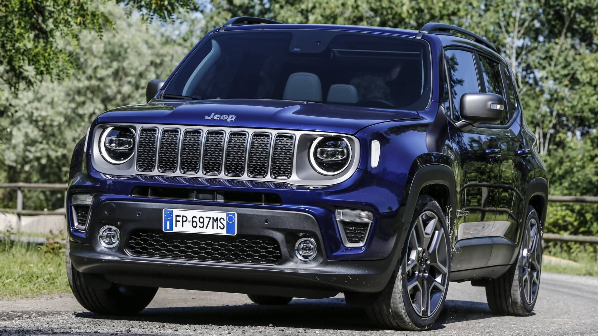 FCA announces production Jeep Renegade plug-in hybrid in Italy