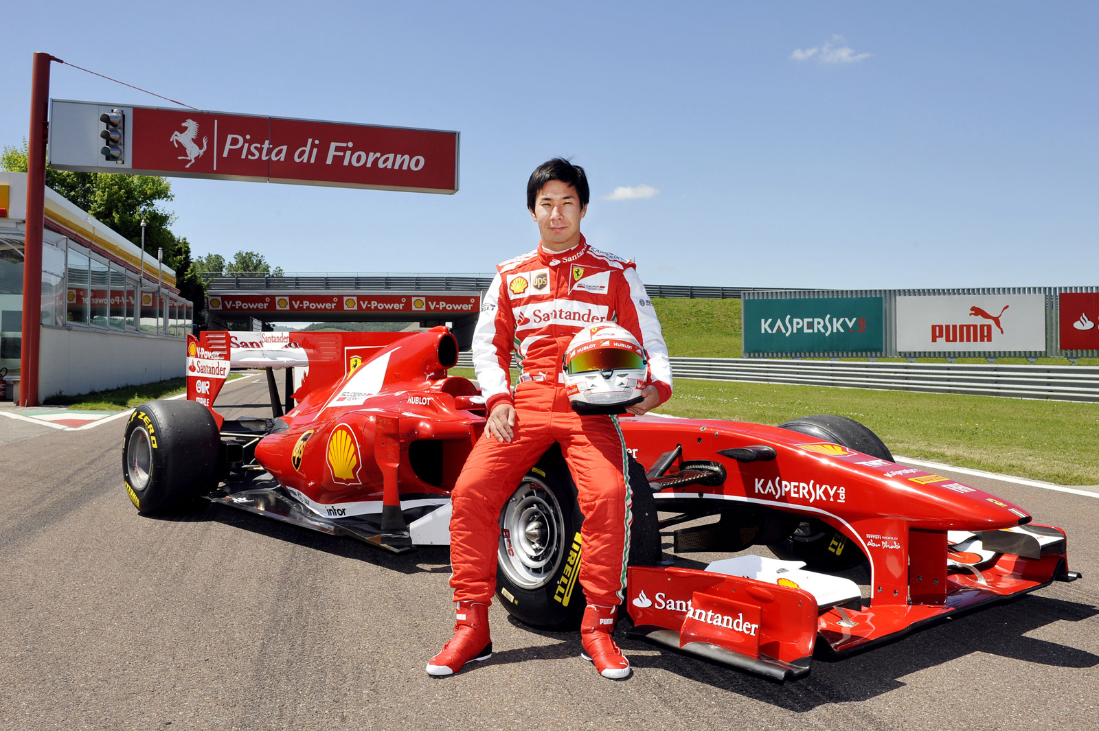 Kamui Kobayashi Tests Ferrari F1 Car But Don T Get Too