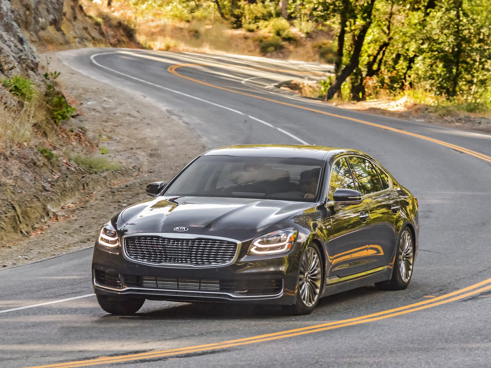 2020 Kia K900 Concept and Review