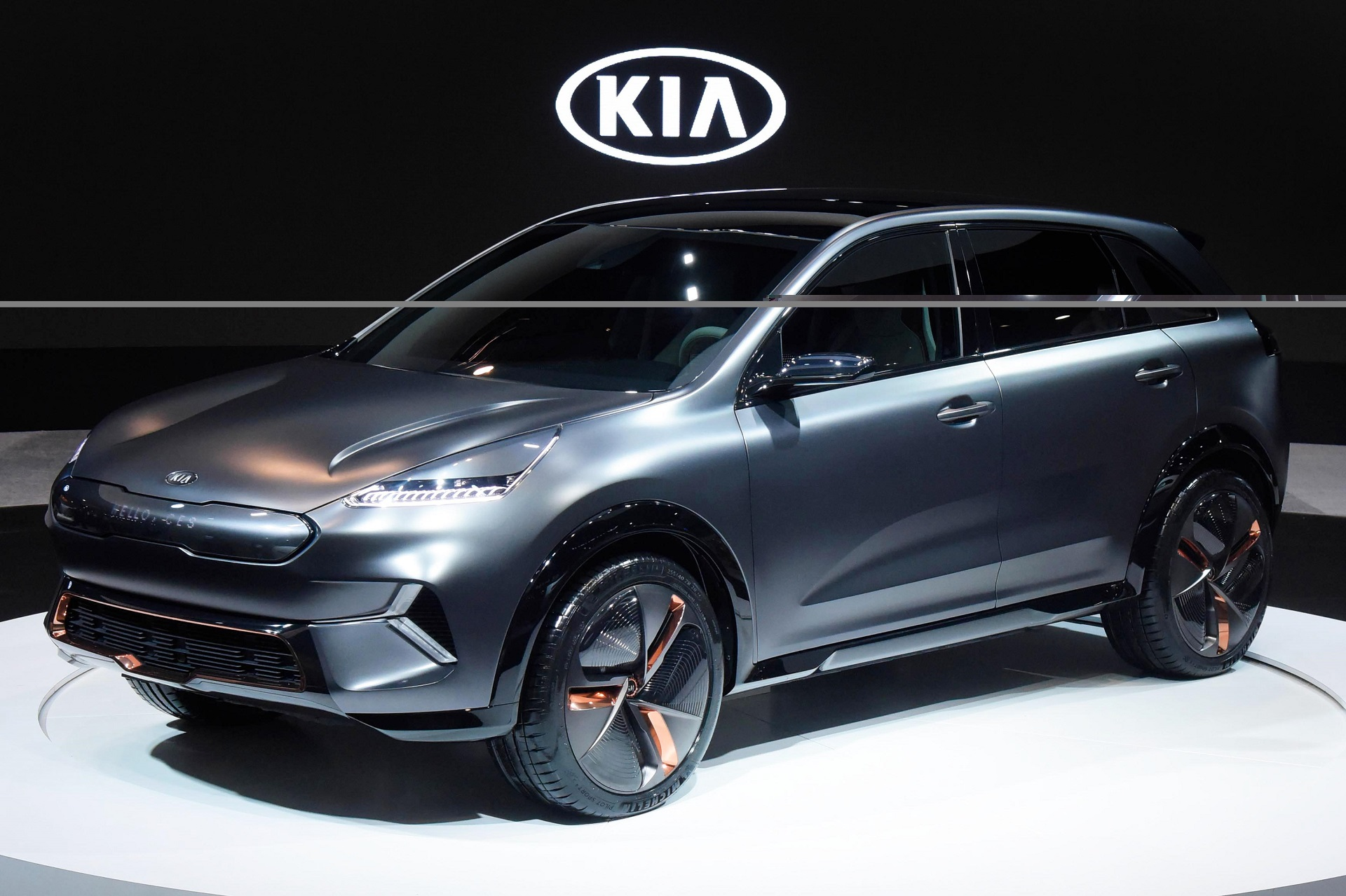kia niro ev concept at ces 238 miles of range from 64 kwh battery. Black Bedroom Furniture Sets. Home Design Ideas