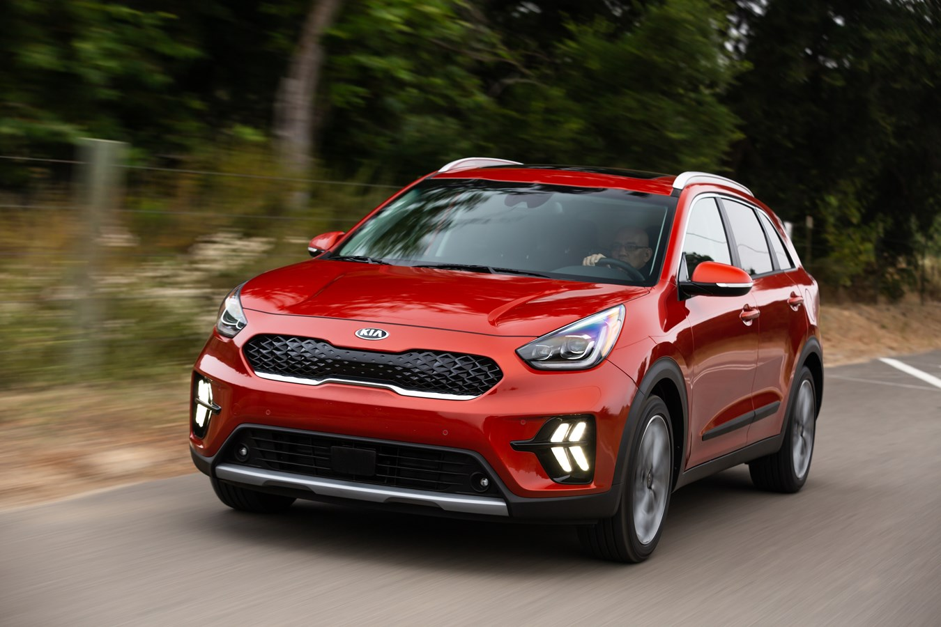 New And Used Kia Niro Prices Photos Reviews Specs The Car Connection