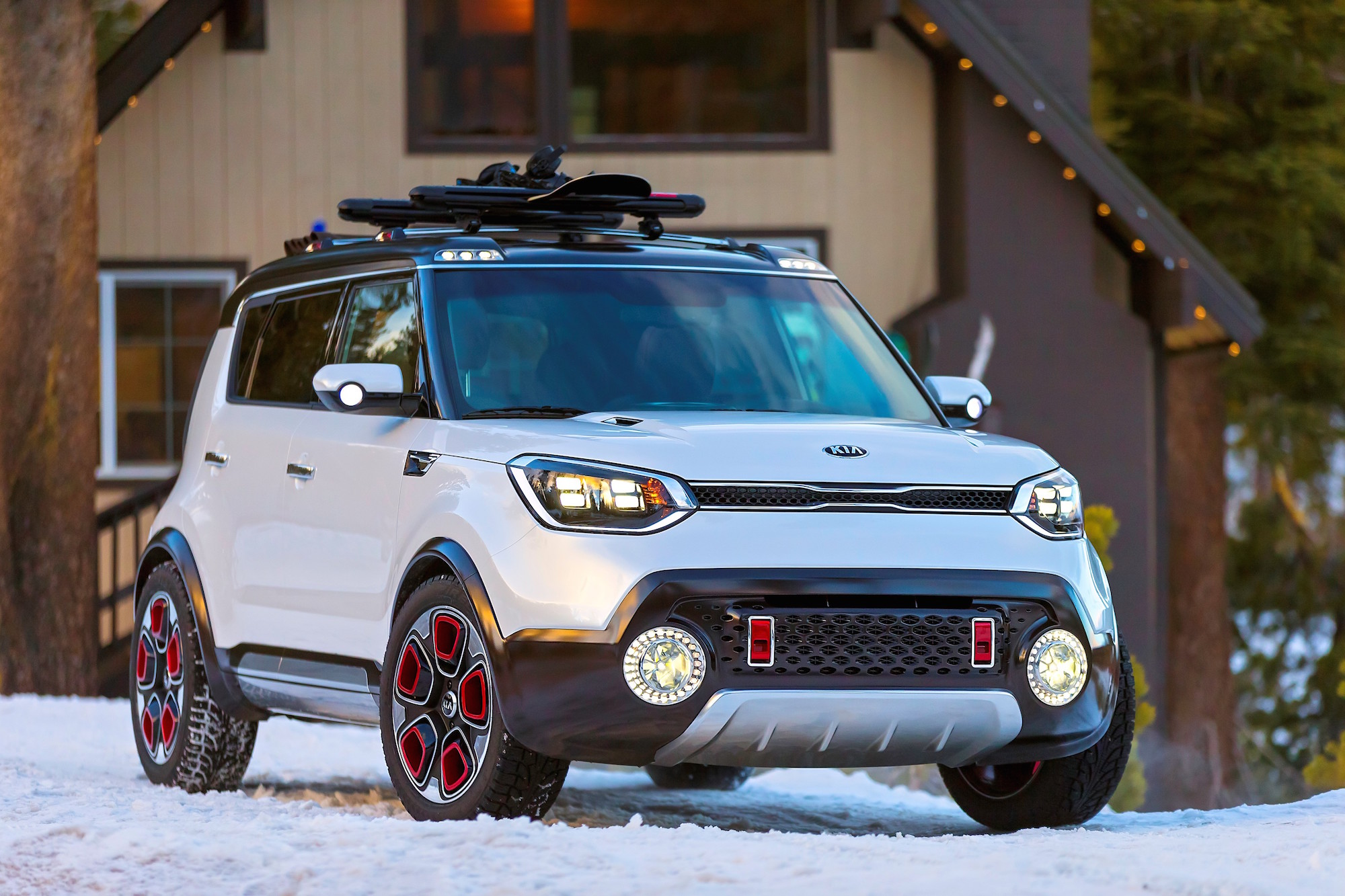 Kia Trail Ster E Awd Soul Hybrid Concept Unveiled At Chicago Auto Show