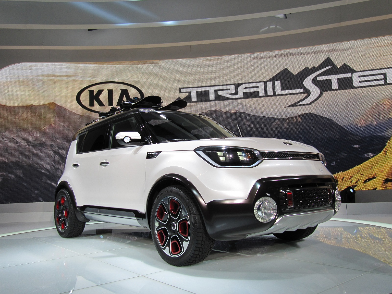 Kia Soul Based Trail Ster Concept Features Electric Awd Live Photos From Chicago Auto Show