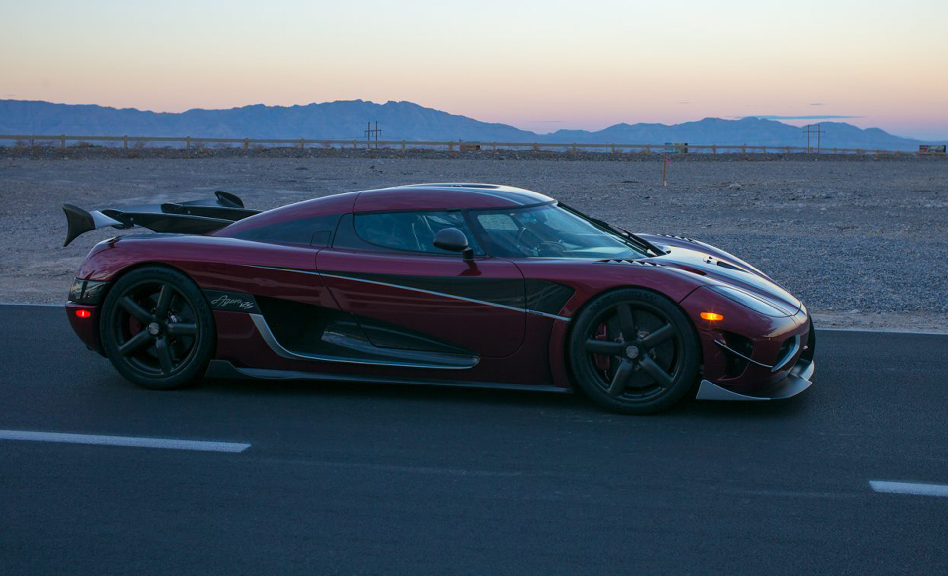 Koenigsegg Agera Rs Sets 277 9 Mph Top Speed Record