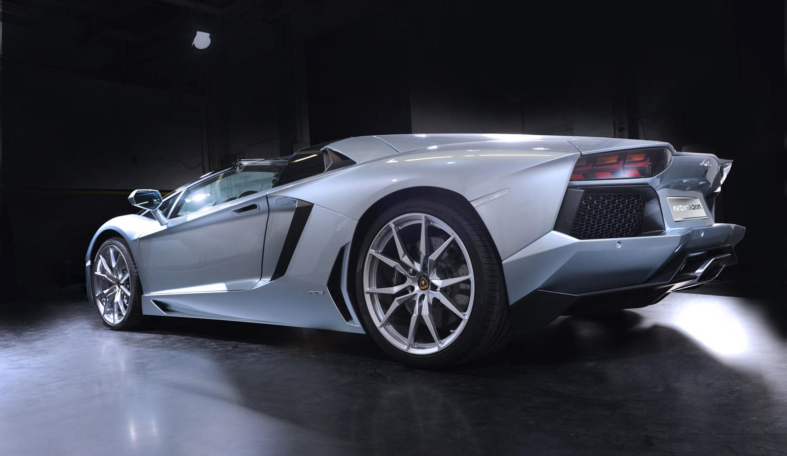 Https News 1080508 Lap The Circuit Of 110v 220v Small Ultrasonic Board Hd Walls Find Wallpapers Lamborghini Aventador Lp 700 4 Roadster 100409122 H