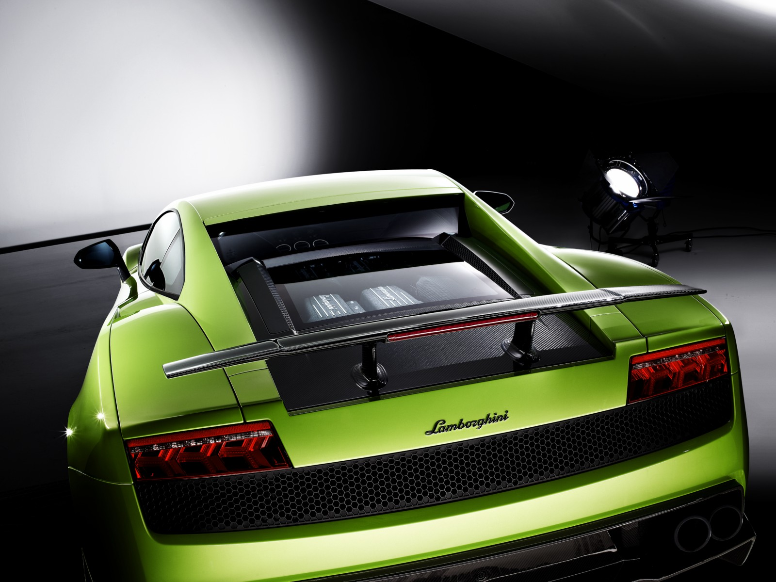 Lamborghini Giving The Boot To Manual Transmissions