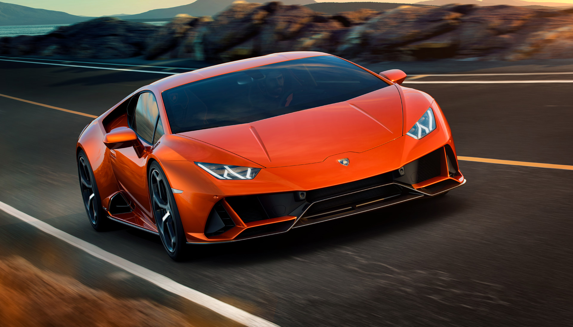 Lamborghini Huracan Evo Arrives With Performante Power Better Aero