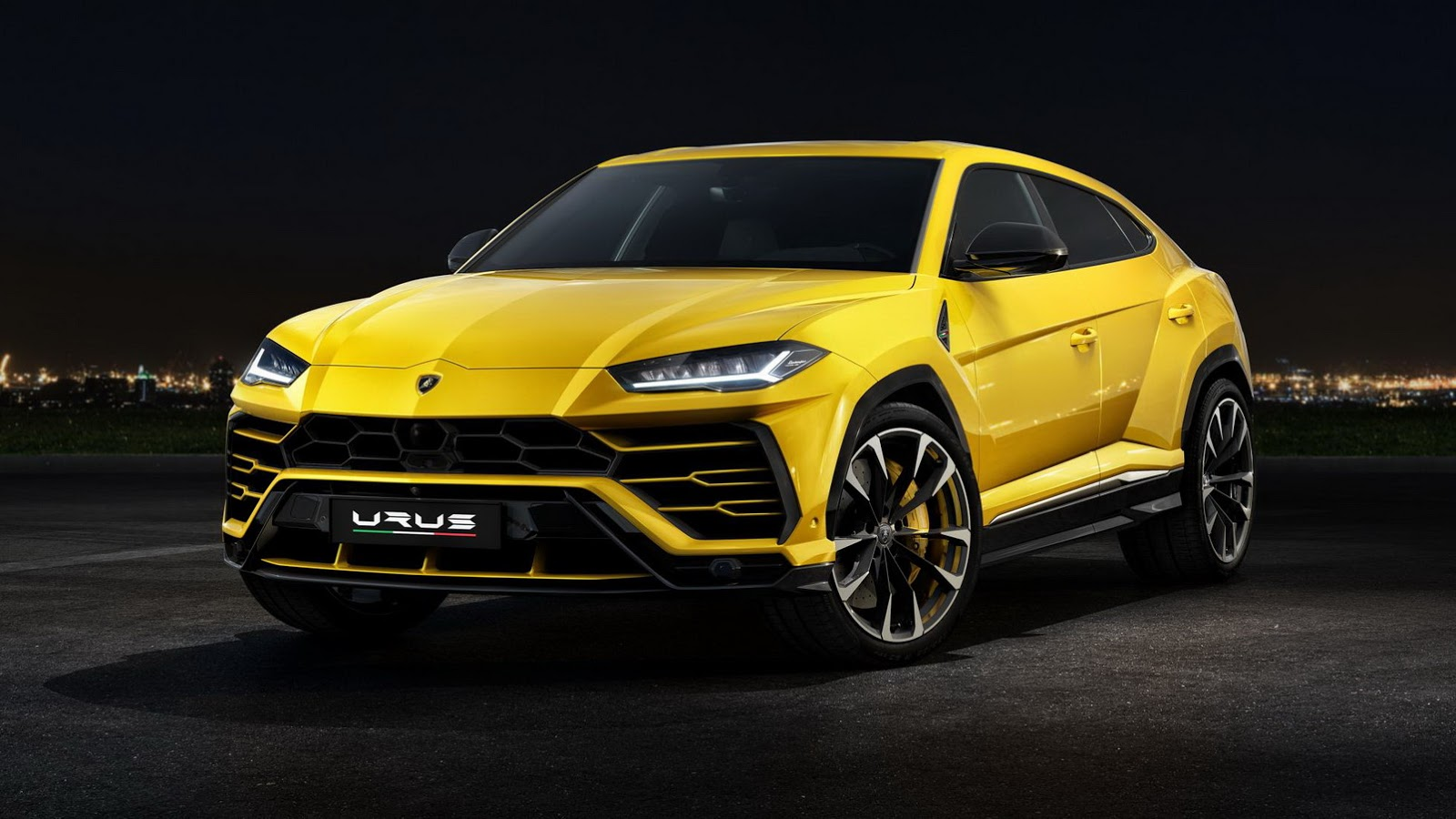 smaller lamborghini suv isn\u0027t in the cards