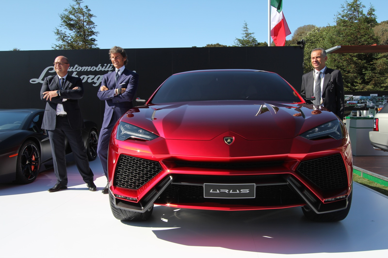 Lamborghini Urus Concept Makes Its First Pass At America