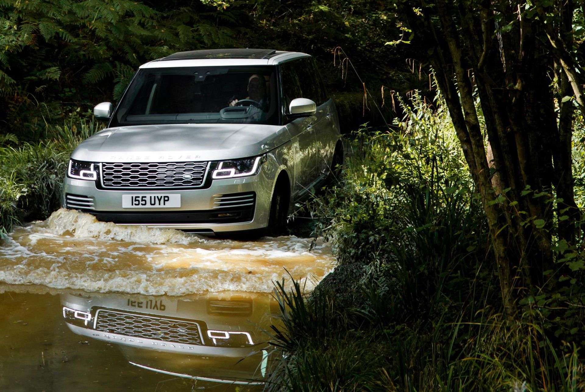2019 Land Rover Range Rover P400e Plug In Hybrid Suv First Drive Review