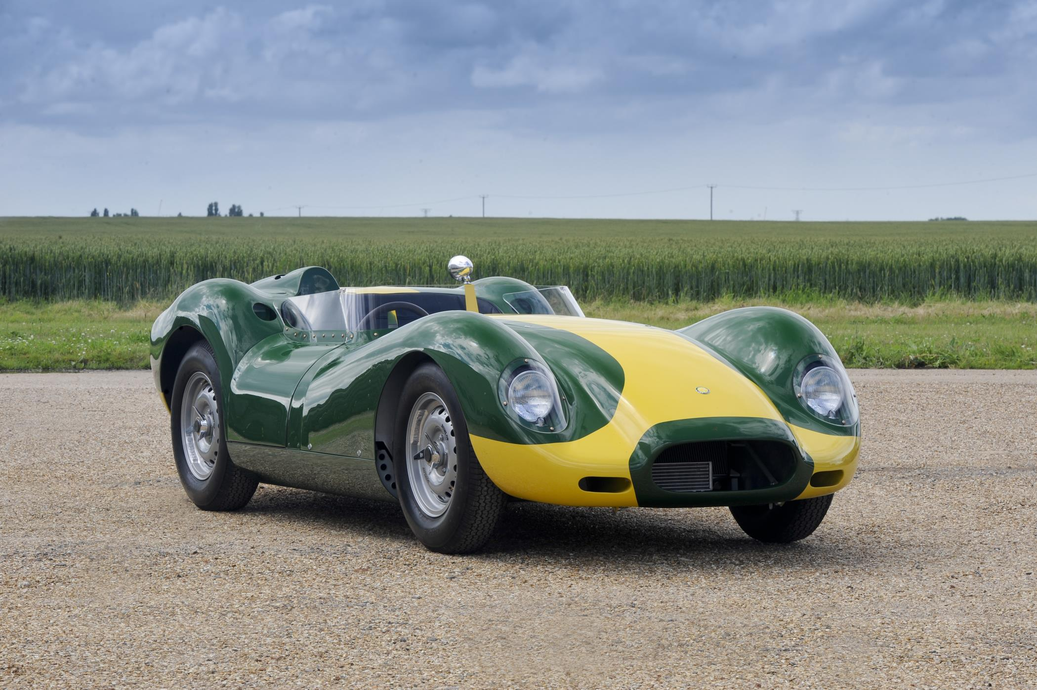 Lister Brings Knobbly Stirling Moss Edition To Pebble Beach
