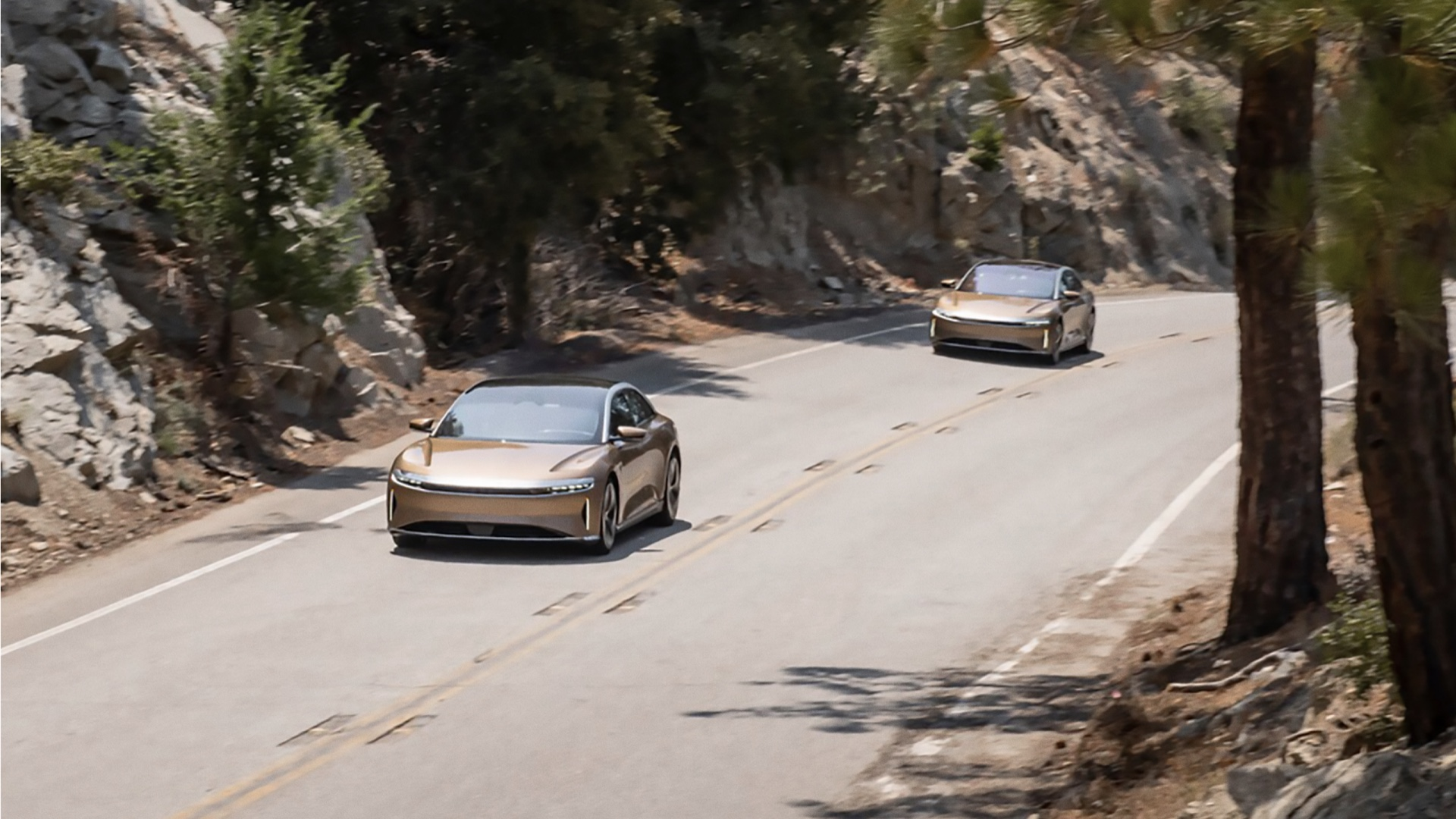 Lucid Air passes Tesla with 520-mile EPA-rated range
