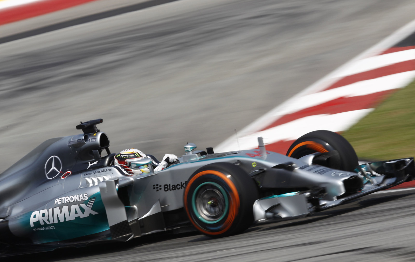 Mercedes Amg S Lewis Hamilton Secures Pole At 2014 Formula