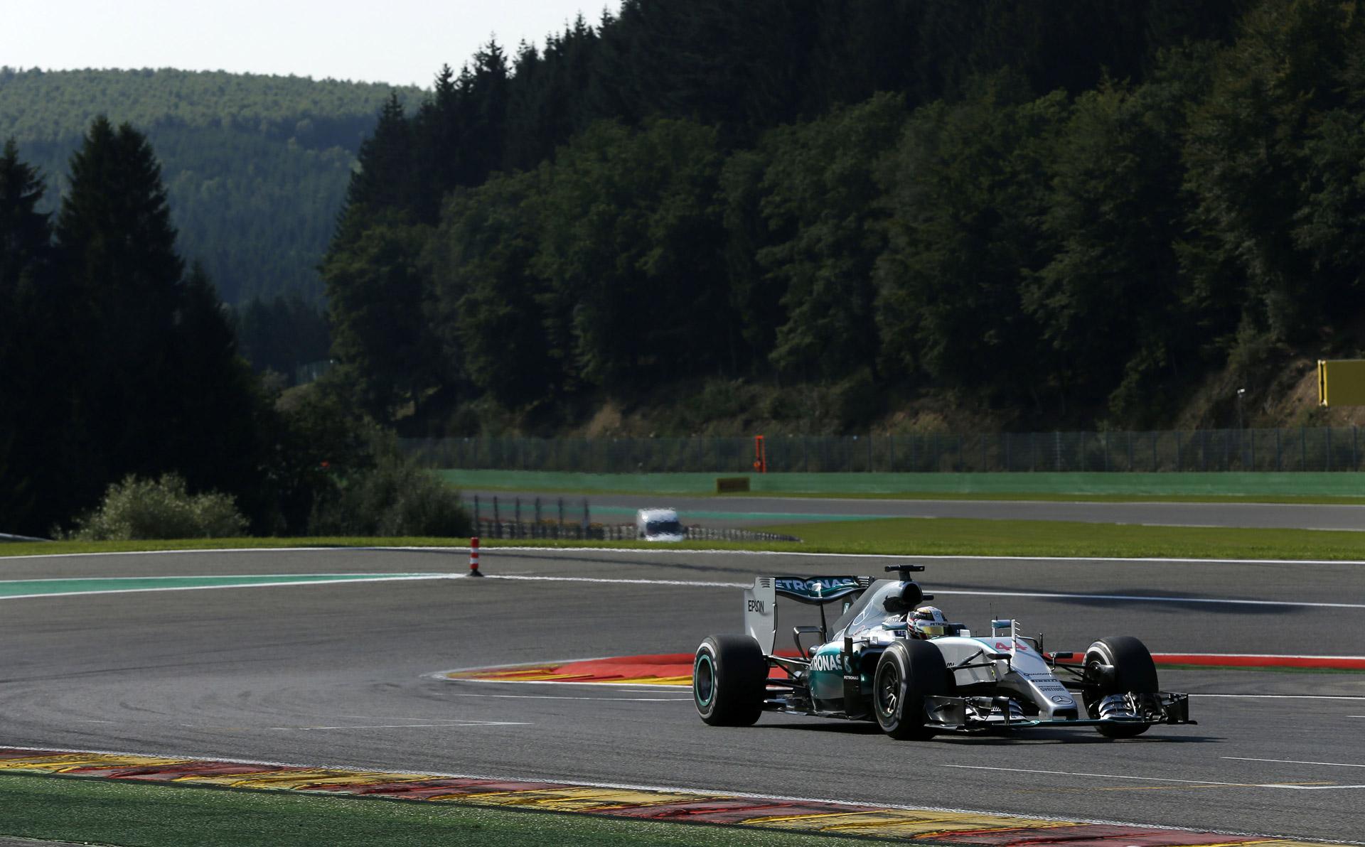 Mercedes AMG Wins 2015 Formula One Belgian Grand Prix, Lotus Makes Podium