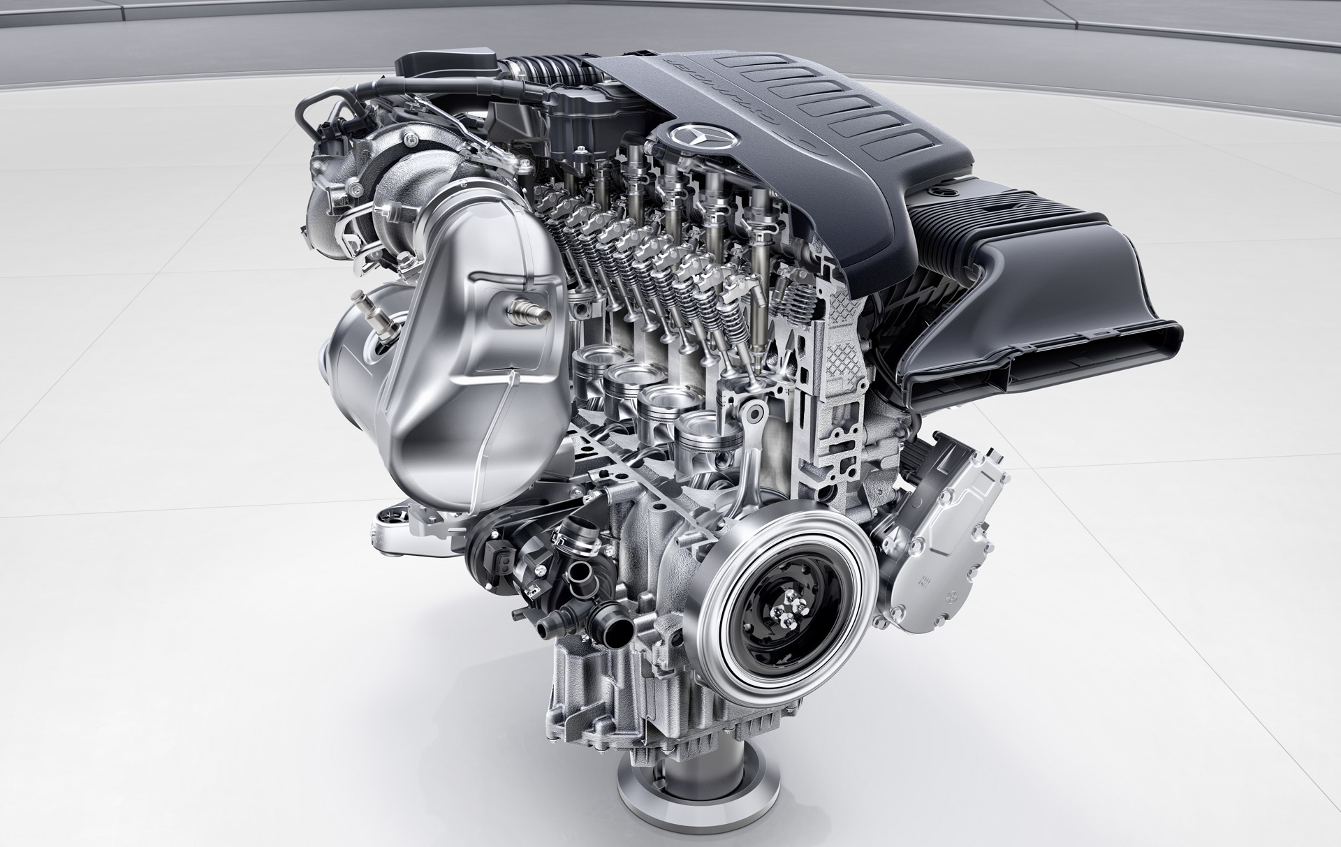 Mercedes-Benz phasing out V-6 engines in favor of inline-6s