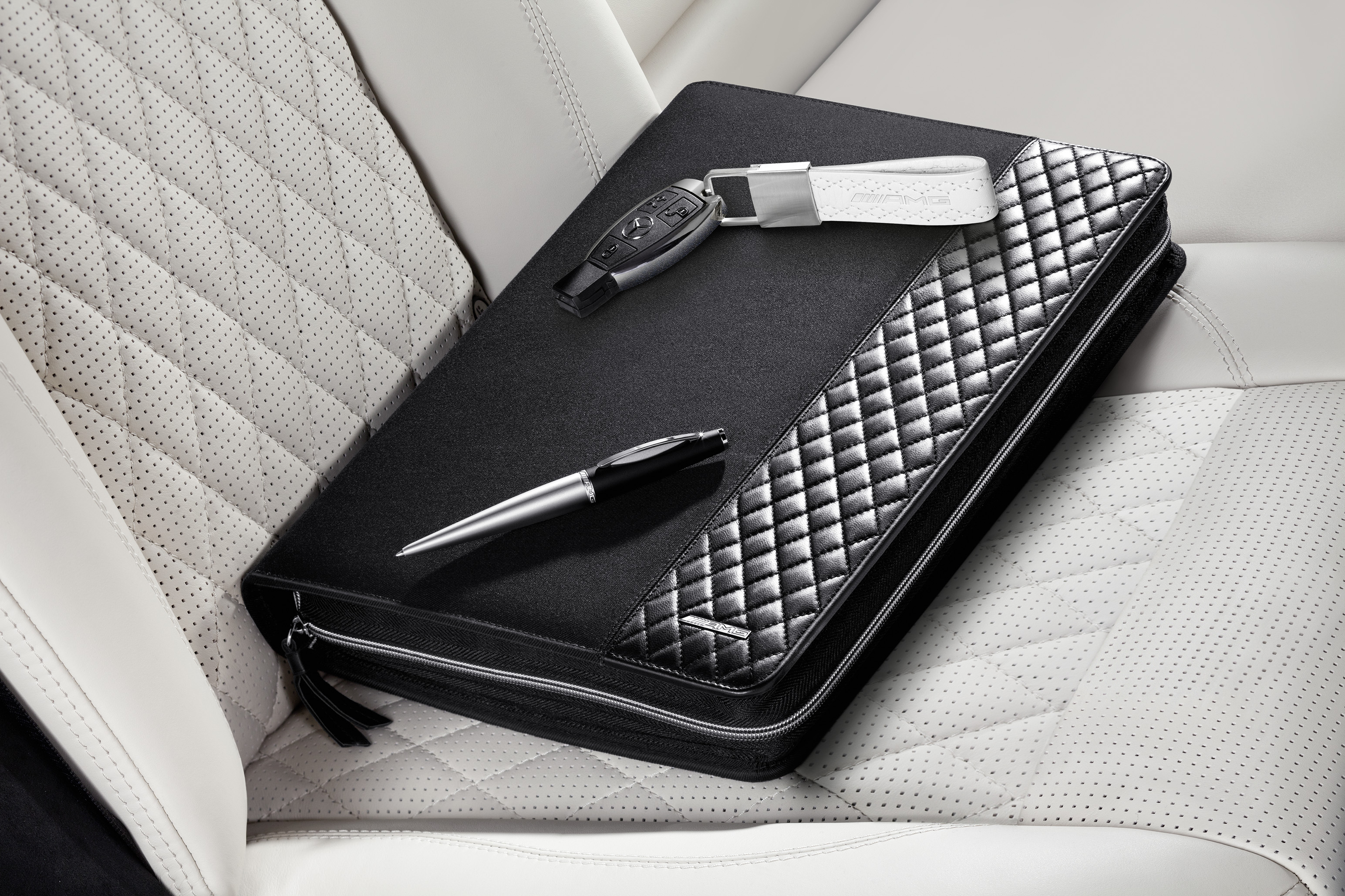 Mercedes Amg Fan Get Accessories With High Tech Qualities