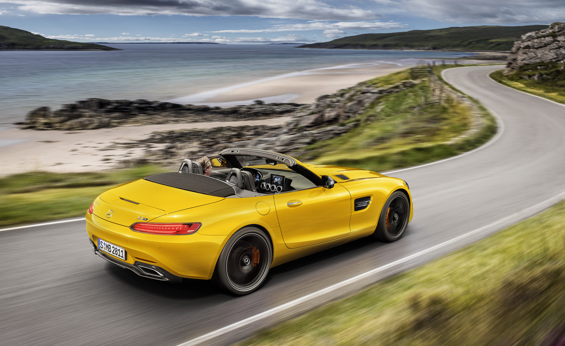 Mercedes Amg Gt S Roadster Devel Sixty 6x6 Bmw 8 Series Reveal Today Car News