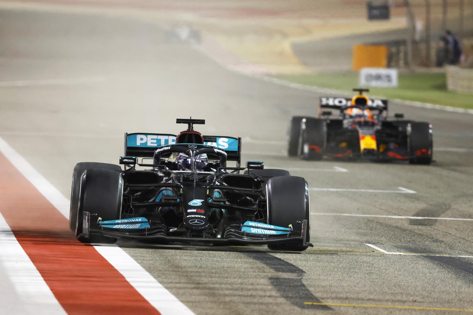 Hamilton edges out Verstappen for 2021 Bahrain Grand Prix win