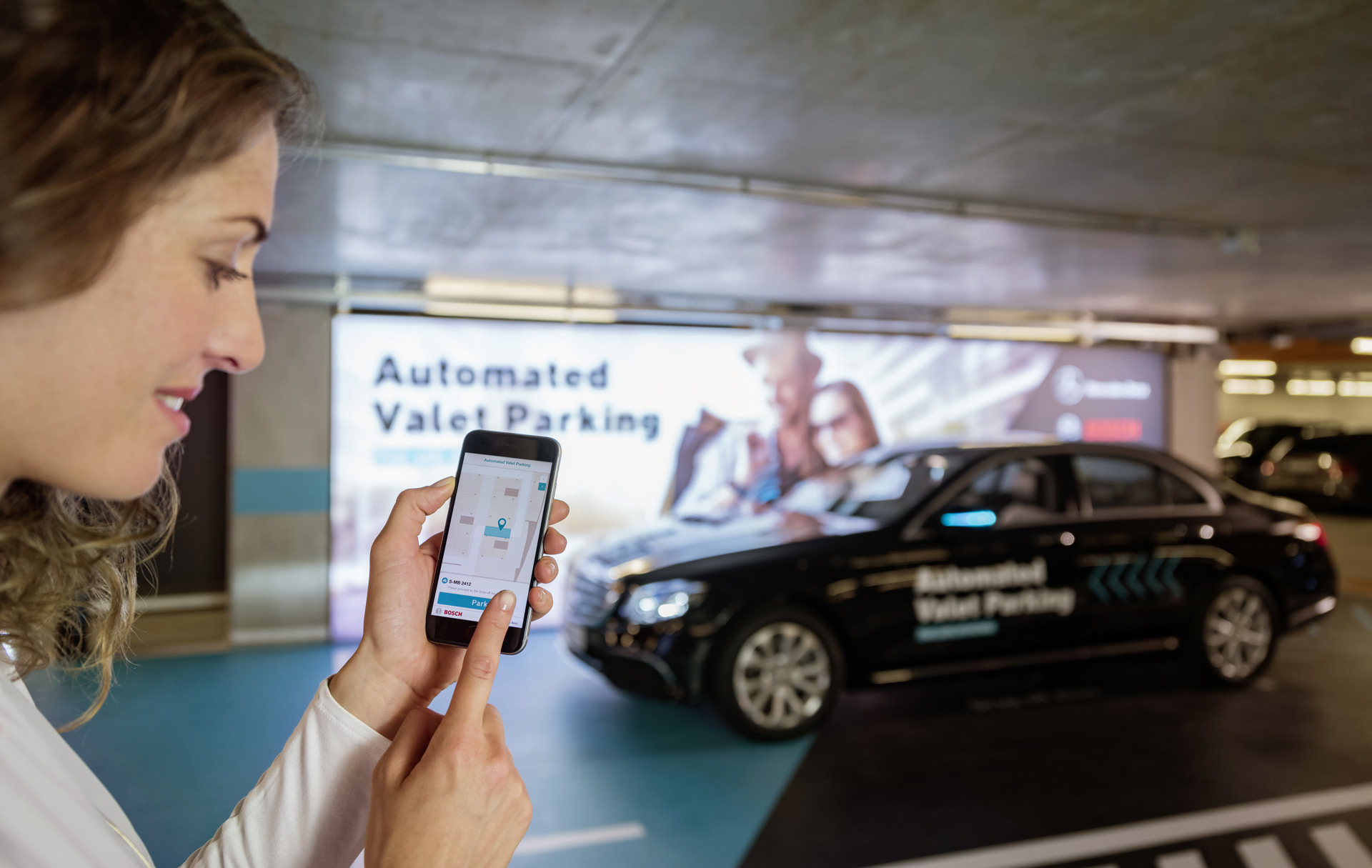 mercedes and bosch reveal fully automated valet. Black Bedroom Furniture Sets. Home Design Ideas