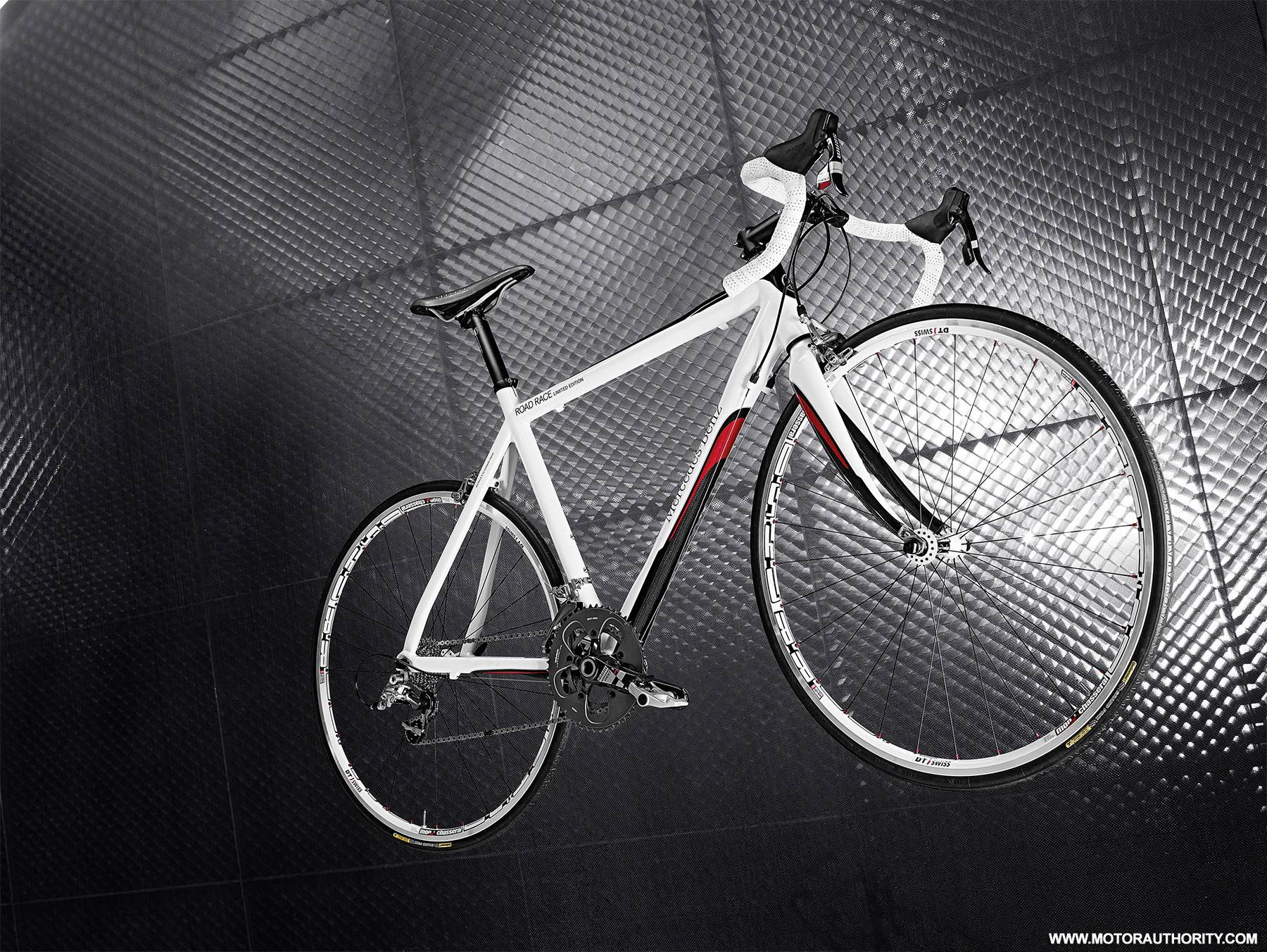 electric cars vs bicycles which has a higher carbon. Black Bedroom Furniture Sets. Home Design Ideas