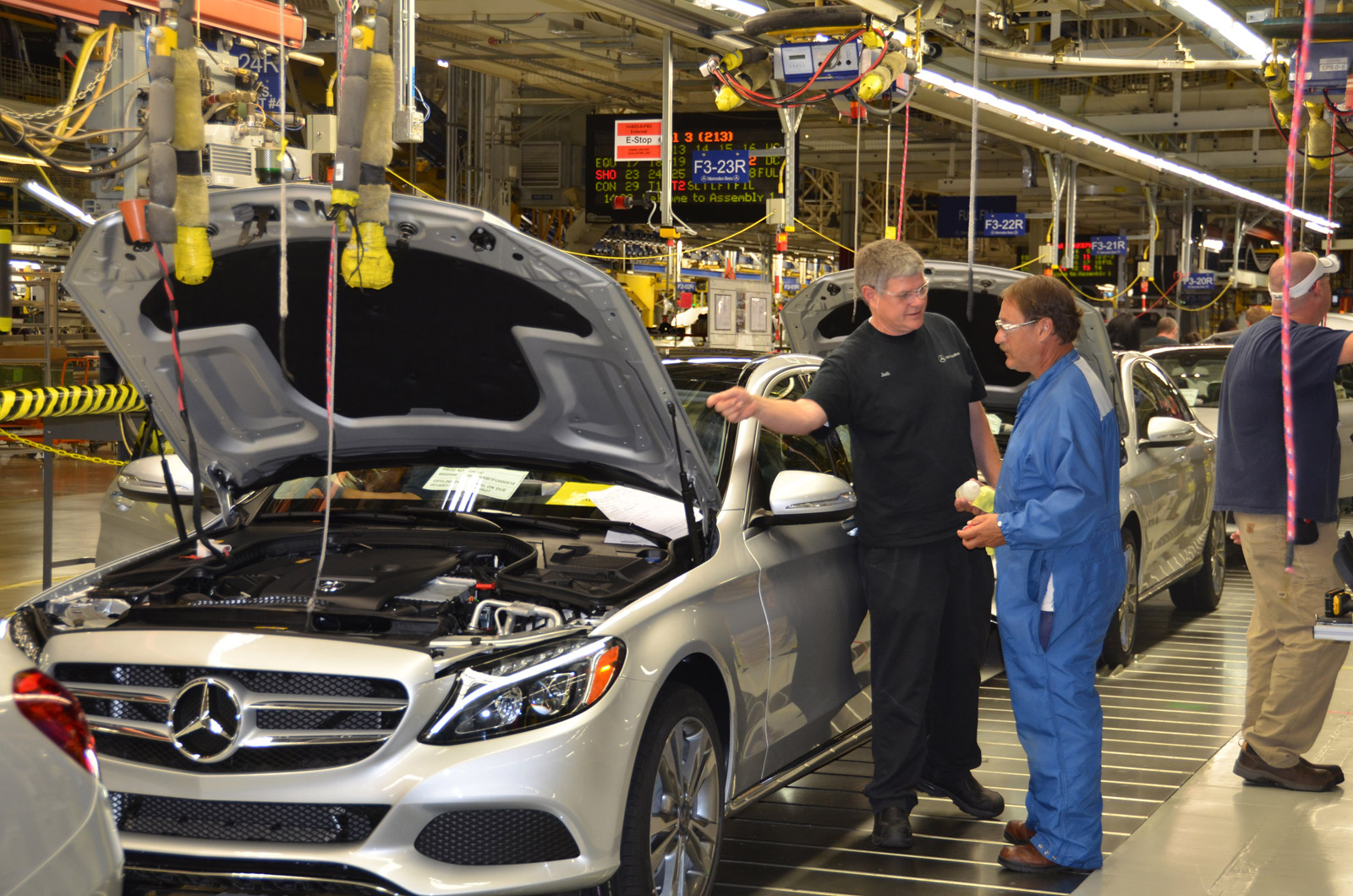 mercedes benz starts c class production at alabama plant