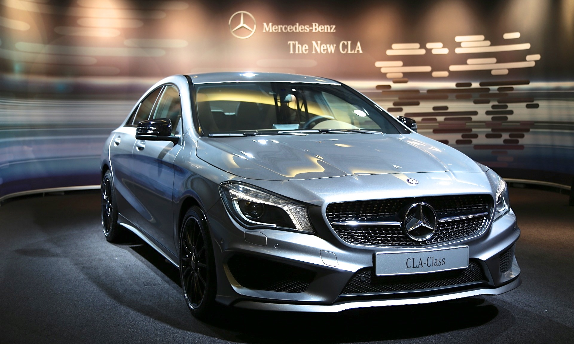 mercedes claims its cla is the world 39 s most aerodynamic. Black Bedroom Furniture Sets. Home Design Ideas