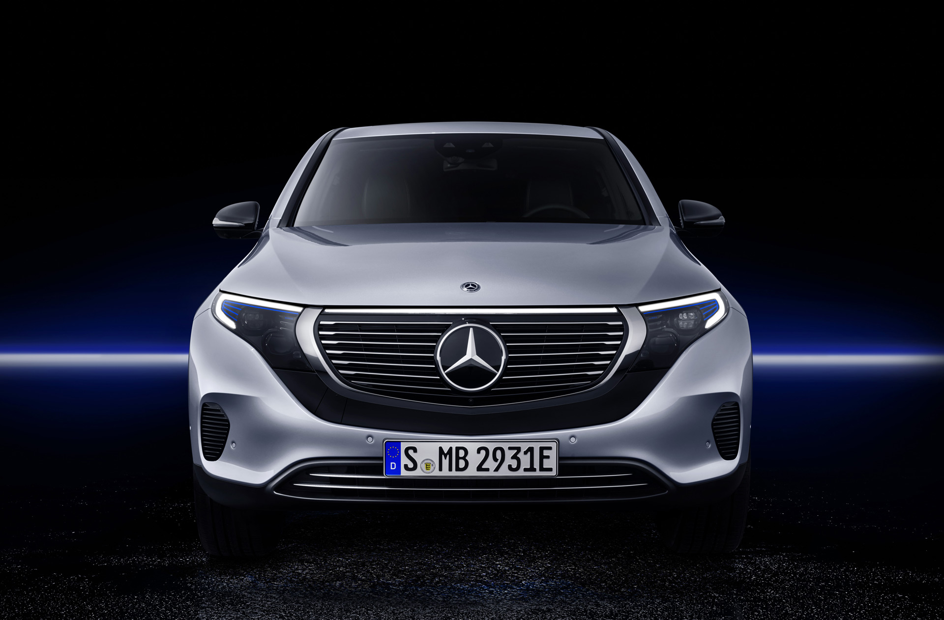 Mercedes bringing EQV electric SUV, Formula E concepts to ...
